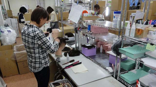 すべて京都市内の工房でカット、セット仕上げ